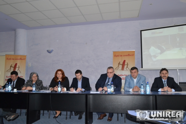 Conferinta-pe-tema-medierii-la-Alba-Iulia01